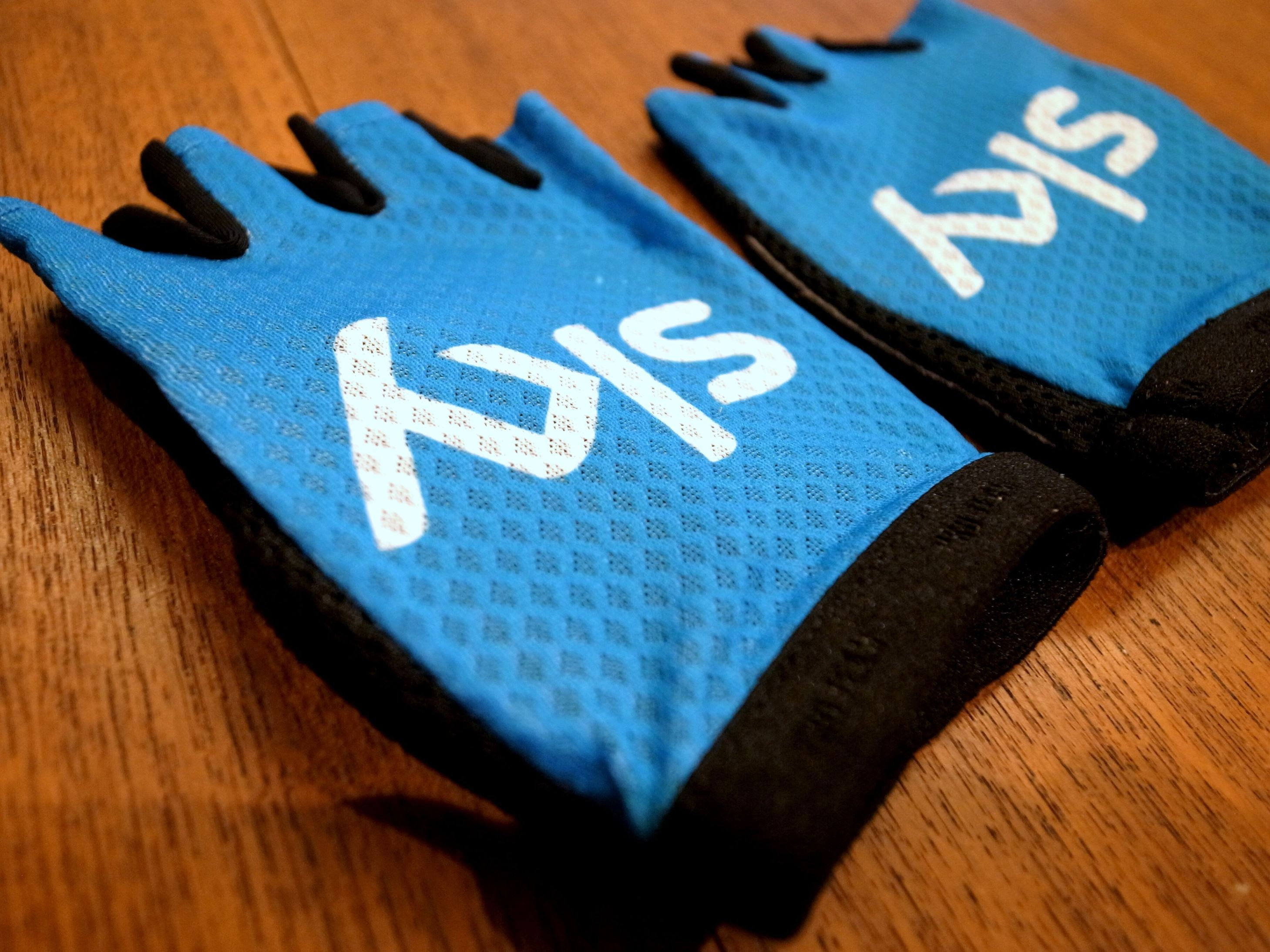 Team Sky Pro Mitts by Rapha