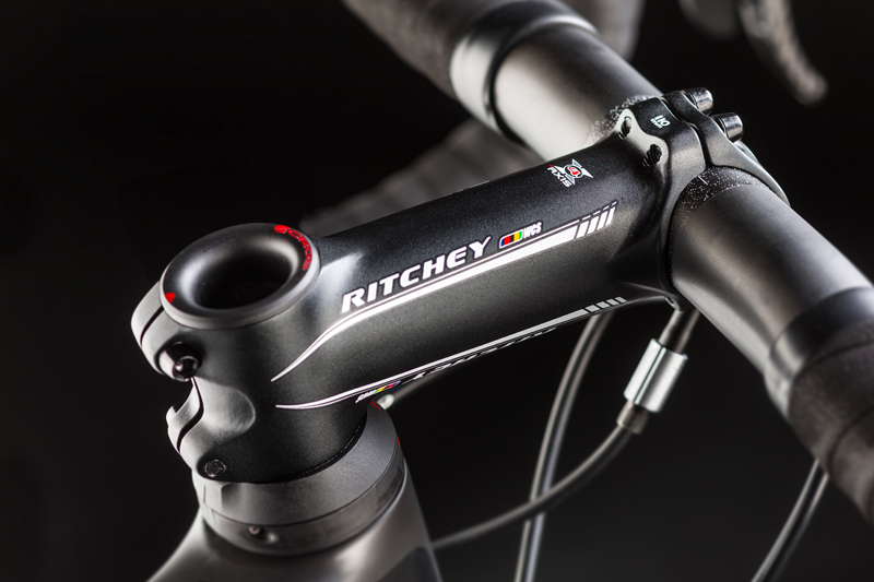 「CANYON ULTIMATE CF SLX」 2014年モデルのステムキャップ