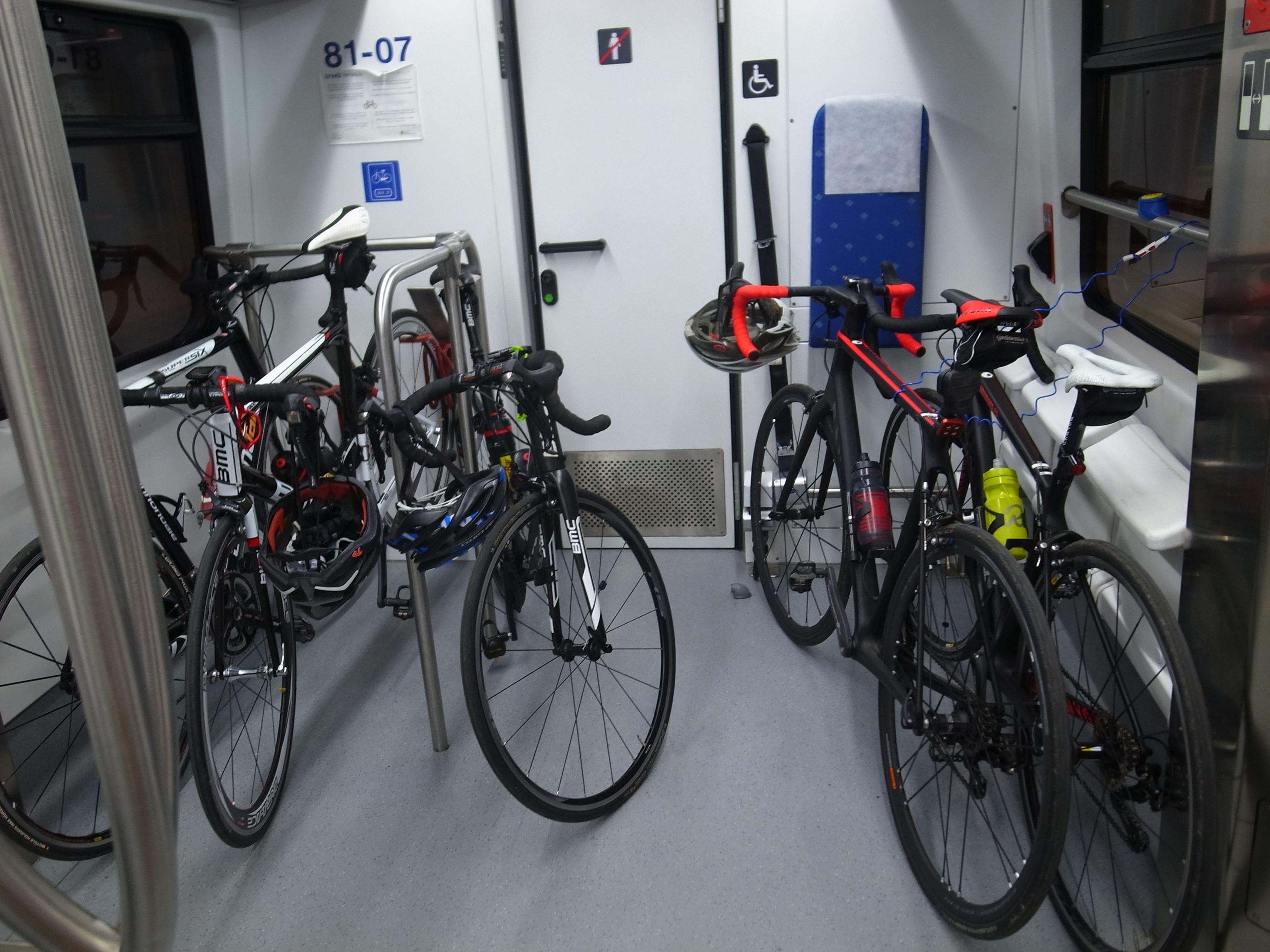 Canyon Ultimate Cf Slxと巡るMallorca(マヨルカ島) サイクリング記 その2(交通手段)
